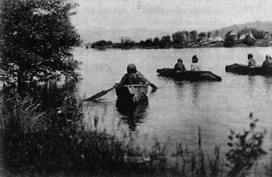 Ktunaxa Canoes