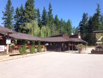 Boccalino Restaurant, Motel & Cabins